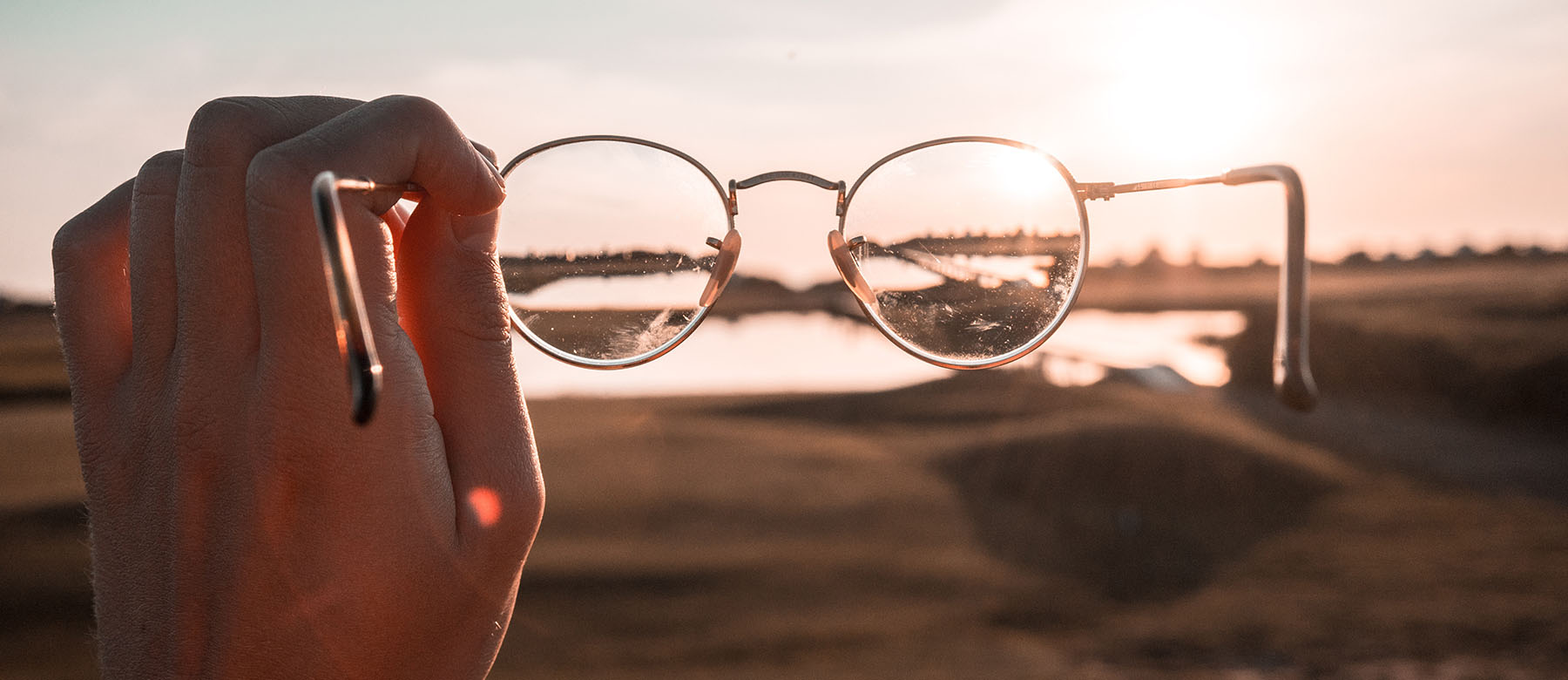 looking at horizon through glasses